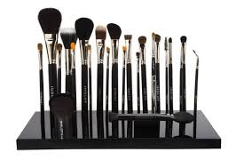 makeup brushes brands in india inglot