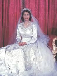 wedding dress of princess elizabeth wikipedia Wedding Dress Shops Queen St Mall queen elizabeth wedding dress jpg wedding dress shops queen street mall