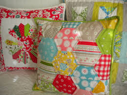 Quilted Pillow Shams: Patterns & Projects to Try & Three Quilted Pillow Shams - on www.craftsy.com Adamdwight.com