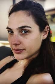 from those picture perfect brows to that glowing complexion gal gadot looks just as beautiful without makeup as with it