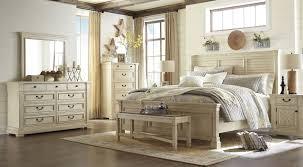Louvered Bedroom Furniture Bolanburg White Louvered Panel Bedroom Set