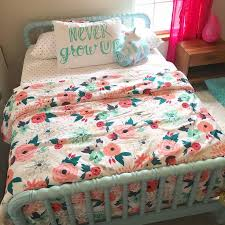 Best 25+ Floral bedding ideas on Pinterest   Floral comforter ... & target bedding, Emily's unciorn holding blankie. Adamdwight.com
