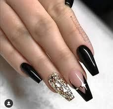 Disenos de unas acrilicas tumblr negras decoracion de unas. Pin De Jess En Ongles Unas Negras Con Dorado Unas De Gel Doradas Unas Negras Con Rosa