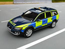 Volvo Xc70 Light Bar 1 43 Code 3 Motorart Volvo Xc70 Essex Police Stansted Airp