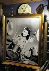 Viola Smith, Costa Mesa resident and pioneering musician of the swing era,  dies at 107 - Los Angeles Times