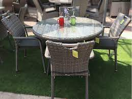 4 seater patio table and chairs off 71