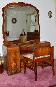 1920s Antique Bedroom Furniture | 1920u0027s Waterfall Bedroom Set