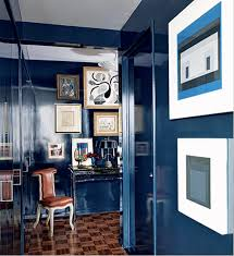 Lacquered Walls In Deep Navy