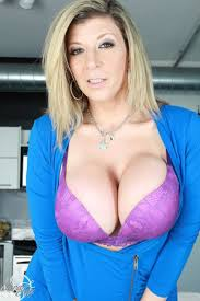 Big boobed sara freeones