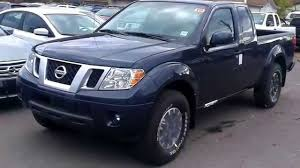 Johns 2015 Nissan Frontier King Cab Manual Transmission - YouTube