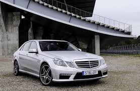 The 2010 e 63 amg is the performance model of the w212 model generation of the e class. 2010 Mercedes E63 Amg Top Speed