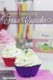 easy diy faux cupcakes they look like the real thing but will last forever