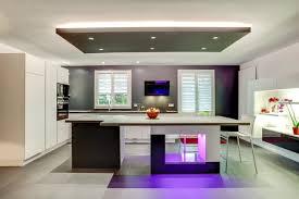 Cuisine équipée Iq700 Avec Jeux De Lumière Contemporary Kitchen