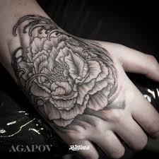 фото татуировки пион в стиле дотворк лайнворк нео традишнл япония
