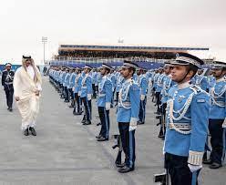 سمو الأمير يرعى حفل تخريج الدفعة الثانية من مرشحي كلية الشرطة