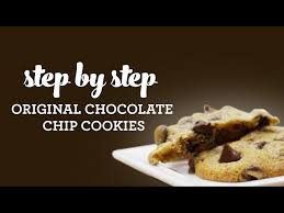 how much protein is in a mini chocolate chip cookies from nestle