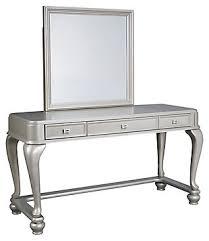 <b>Makeup Vanities</b> | Ashley Furniture HomeStore