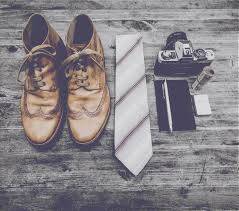 cleaning mens leather shoes