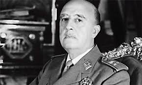 """Der spanische Diktator Francisco Franco plante in den siebziger Jahren den Bau einer Atombombe. Das enthüllen der Zeitung """"El Pais"""" zufolge erst jetzt ... - franco20080118140107"""