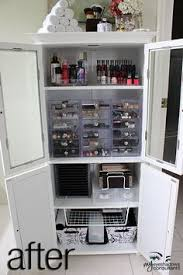 Makeup Storage Idea. I'd do this but I wouldn't keep it