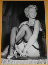 Nude vintage gay women