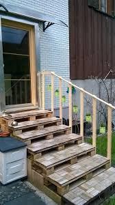 Der bau einer kleinen außentreppe sollte sorgfältig geplant werden. Wk Paletten Ag Aussentreppe Warum Nicht Mit Facebook