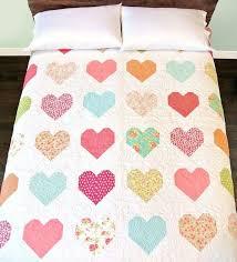 Best 25+ Heart quilt pattern ideas on Pinterest | Heart quilts ... & Heart Quilt Tutorial (Suzy Quilts) Adamdwight.com