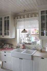nice 80 Elegant White Shabby Chic Kitchen Wall Shelves  https://homedecort.com