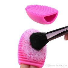 2018 hot new egg cleaning glove makeup washing brush scrubber board cosmetic brushegg cosmetic egg brushes clean tools cc10701 clean makeup brushes