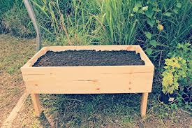 cute diy raised garden bed