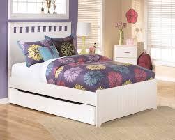 B102B5 in by Ashley Furniture in Bagley, MN - Lulu - White 3 Piece ...