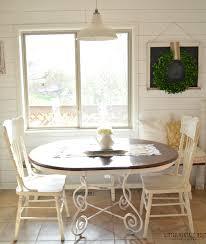 farmhouse breakfast nook