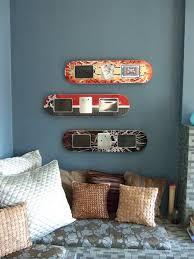 DIY picture frames from skateboard decks - 19 DIY: Awesome Skateboard Crafts