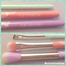 essence makeup brushes
