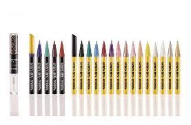 le y art french est un stylo à manucure décliné en plus de 18 couleurs