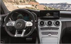 A direct link between driver and vehicle. Mercedes Me Connect Mercedes Benz Usa Mercedes Mercedes Benz Benz
