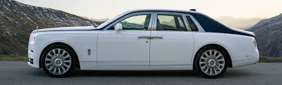 Driving the New Rolls-Royce Phantom Is an Exercise in Serious ...