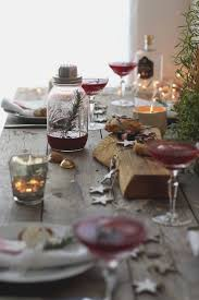 46 best Christmas Table Settings images on Pinterest | Christmas ...