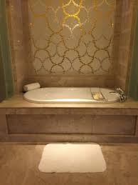 marina bay sands jacuzzi bathtub