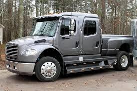2006 Freightliner Sport Chassis P2 Truck - The Bid Watcher