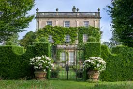 cotswolds exclusive with the royal garden at highgrove full