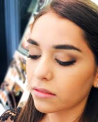 jeepers pers how to shape and lift eyes with eye shadow