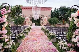 arranging a wedding is a massive undertaking as lots of things must be taken care of should you be planning to select the wedding vows within the gazebo