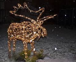 Moose Christmas Lights Grapevine Moose In The Yard Mooses Moose Decor Log