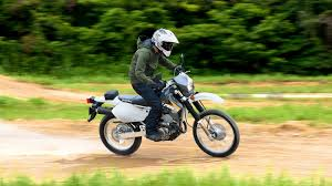 2016 - 2020 <b>Suzuki</b> DR-<b>Z400S</b> / DR-<b>Z400SM</b> | Top Speed