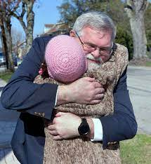 WATCH VIDEO | Salvation Army surprises Somerset woman with Easter  decorations | Local News | tribdem.com