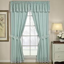 Bedroom Window Curtain 4 Tips To Decorate Beautiful Window Curtains Interior Design