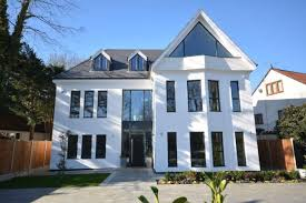 Detached House For Sale In Nelmes Way, Emerson Park, Hornchurch