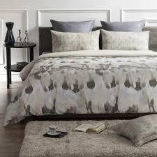 safari wrinkle resistant reversible print 100 organic cotton brown beige queen duvet cover set