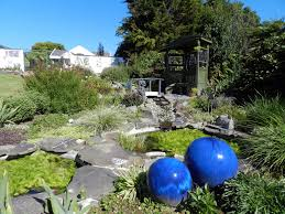 small gardens nz 15 self contained water features solar powered fountains